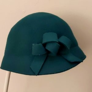 Women's Vintage Green cloche hat